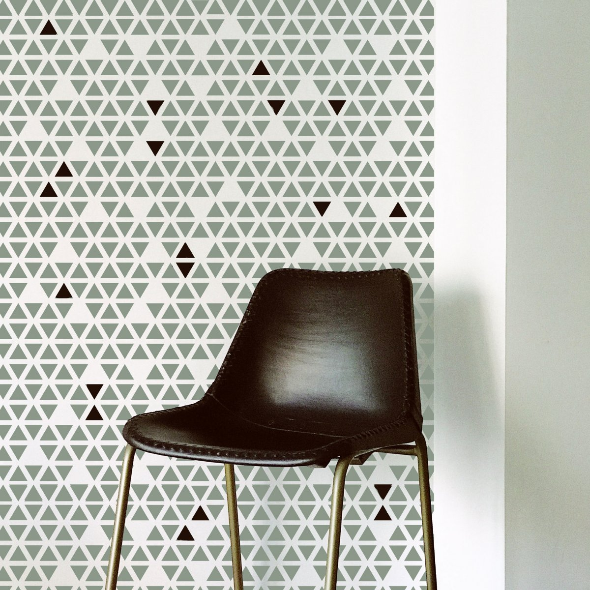 TRIANGLE DROP / Reusable Allover Large Wall Stencils for Painting